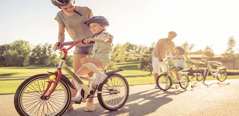 Enseñar A Los Chicos A Andar En Bici: Enseñar A Montar En Bicicleta