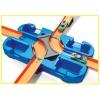 Hot Wheels - Track Buider, Caja de Acrobacias Deluxe, Accesorios para Pistas de Coches de Juguete