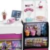 Barbie - Barbie y su Cafetería, Muñeca con accesorios para café, smoothies, cupcakes y ensaladas de juguete