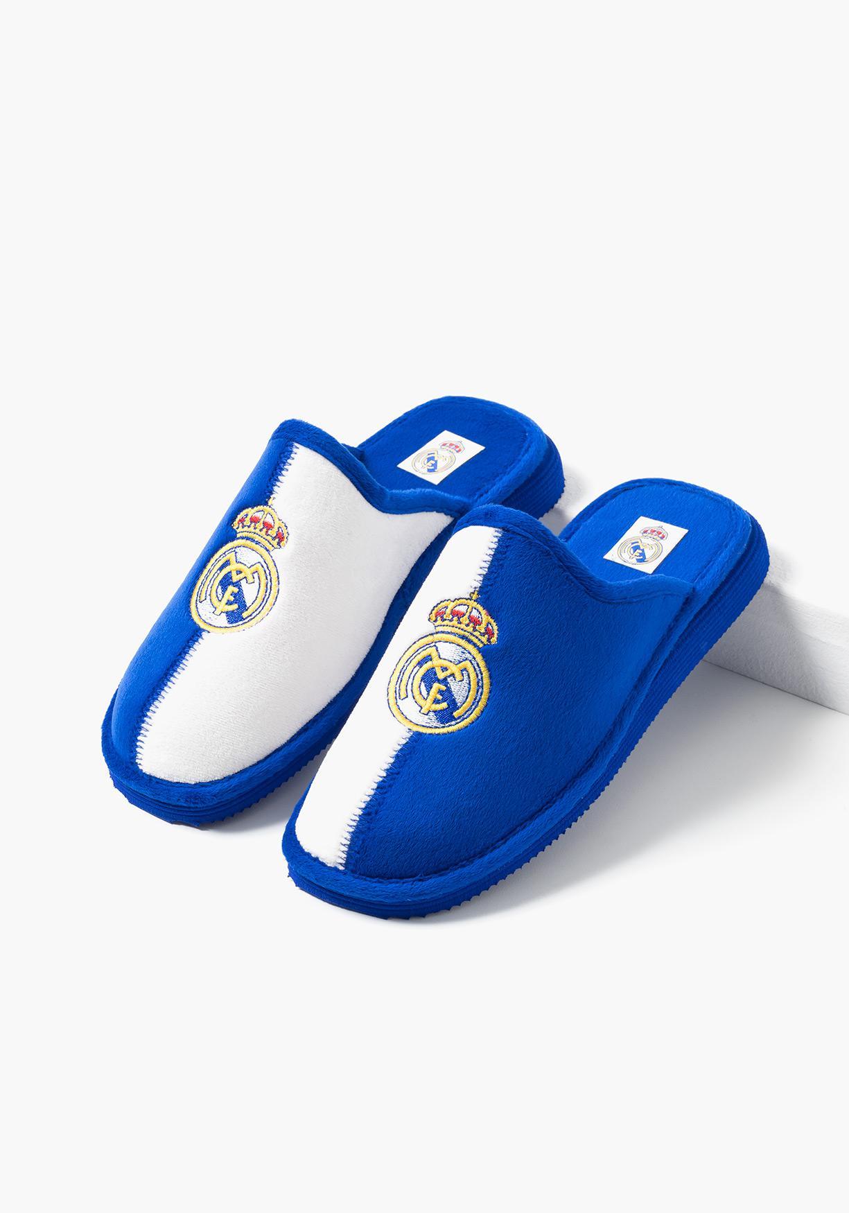 3c12a656 Comprar Zapatillas de estar por casa con escudo bordado (Tallas 31 a ...