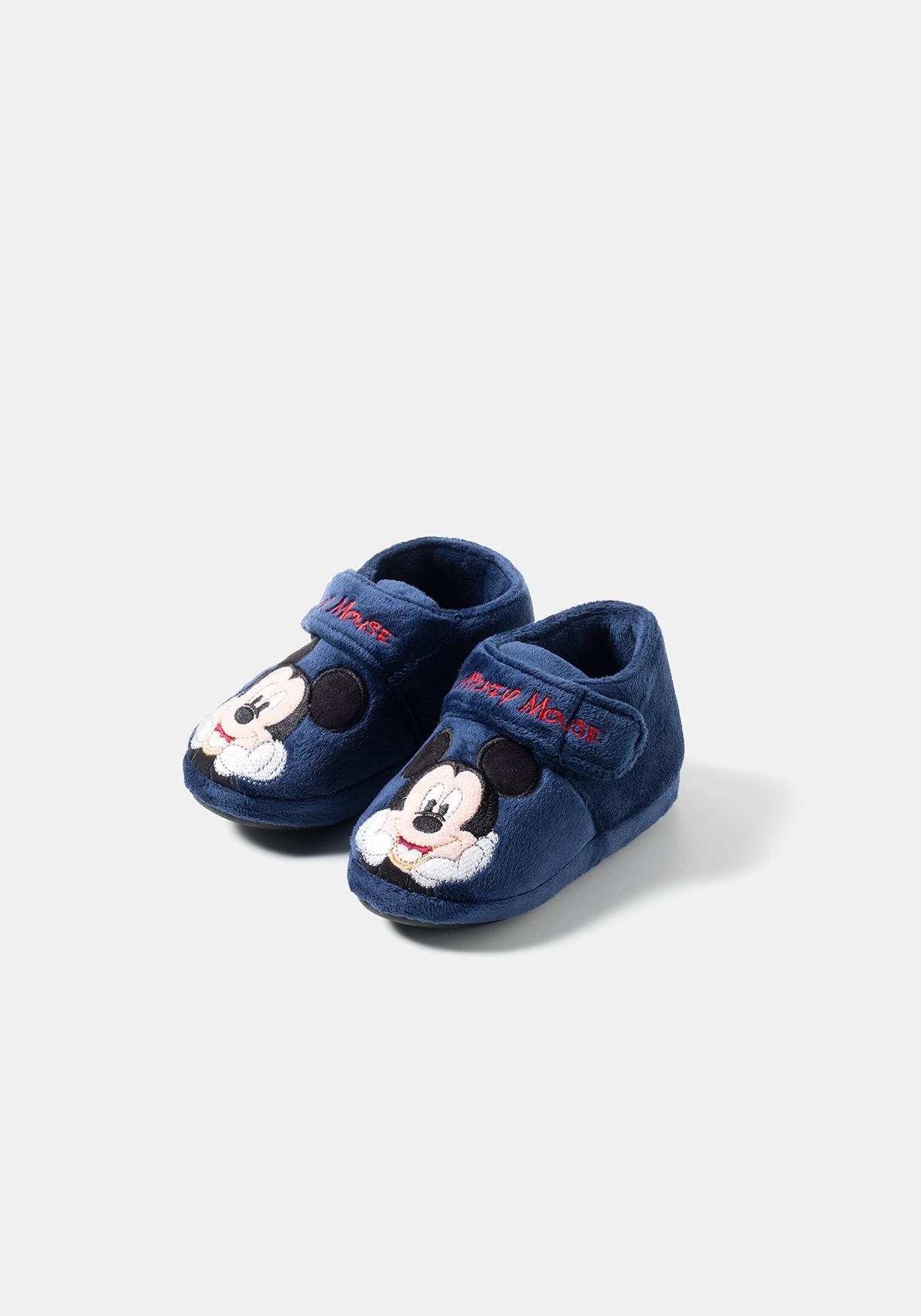 e29c5f768cdb7 Zapatillas de estar por casa con estampado unisex Minnie y Mickey de Disney  (Tallas 21-30)