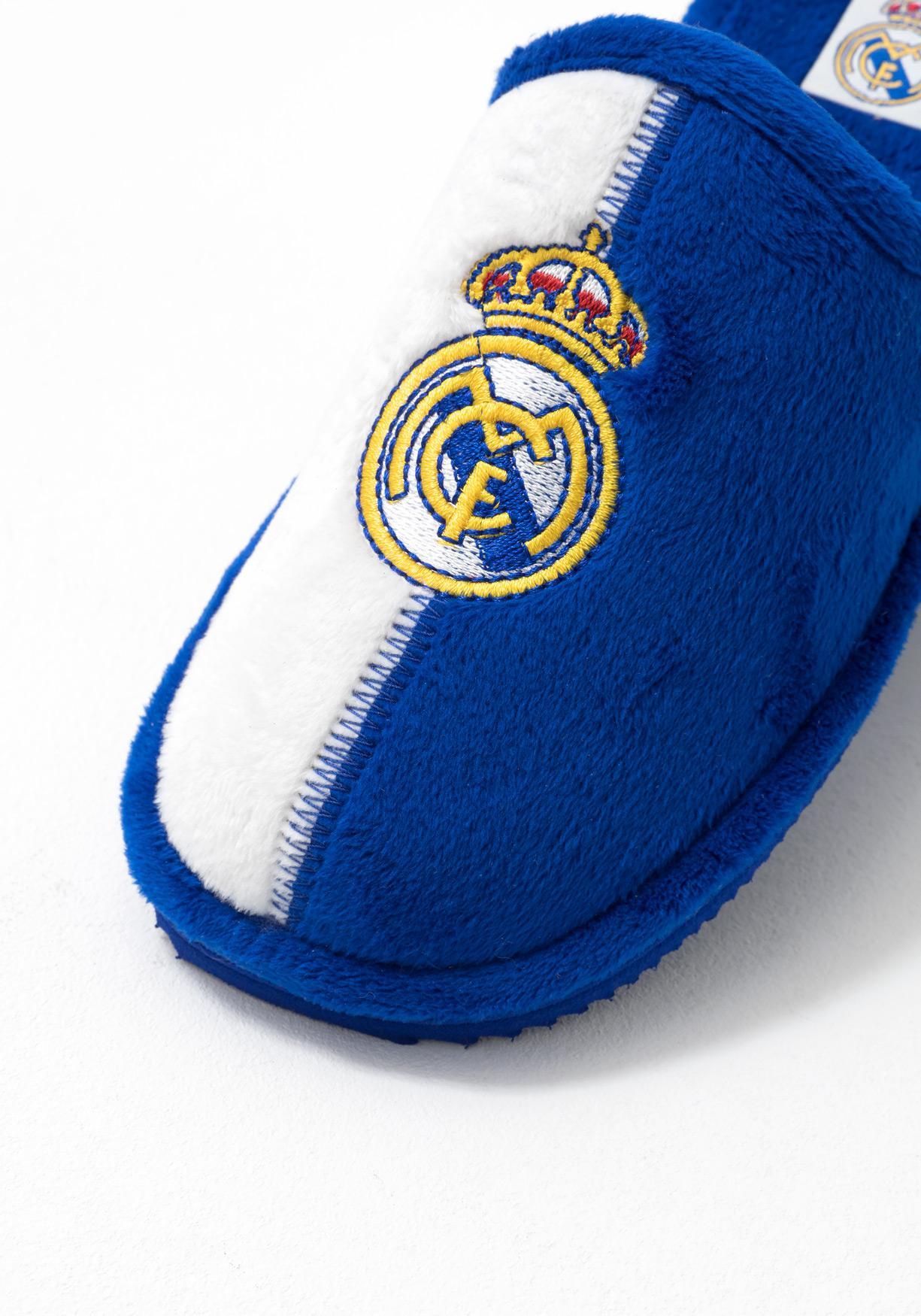 Zapatillas de estar por casa con escudo futbol bordado (Tallas 31 a 39) e5b3ebc034ae4