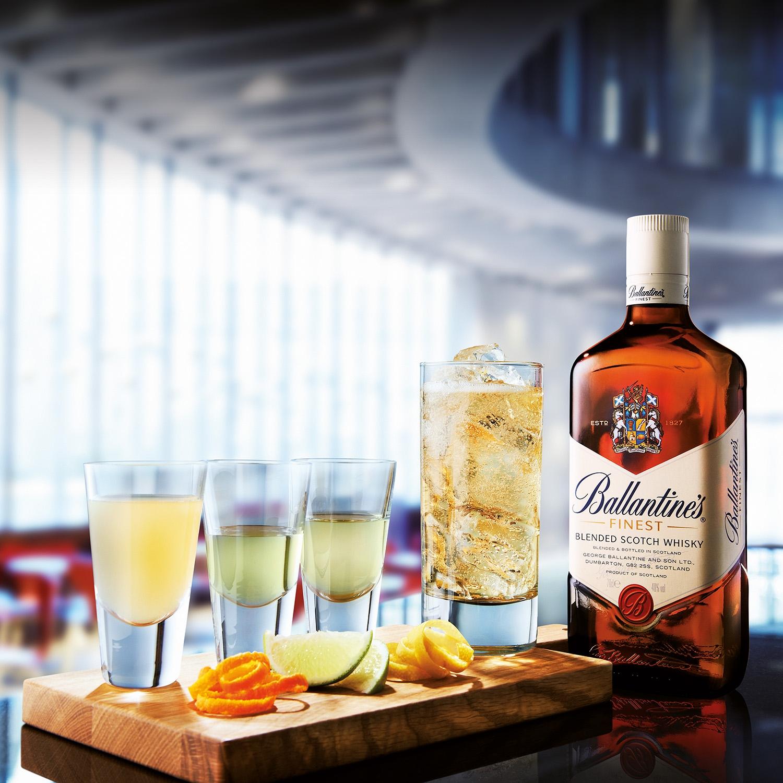 Whisky Ballantine's escocés 70 cl. - 3