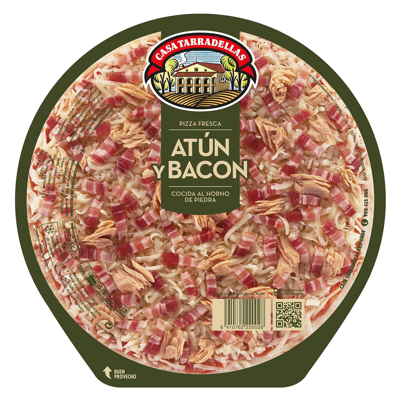 Pizza de atún, bacon y mozarella