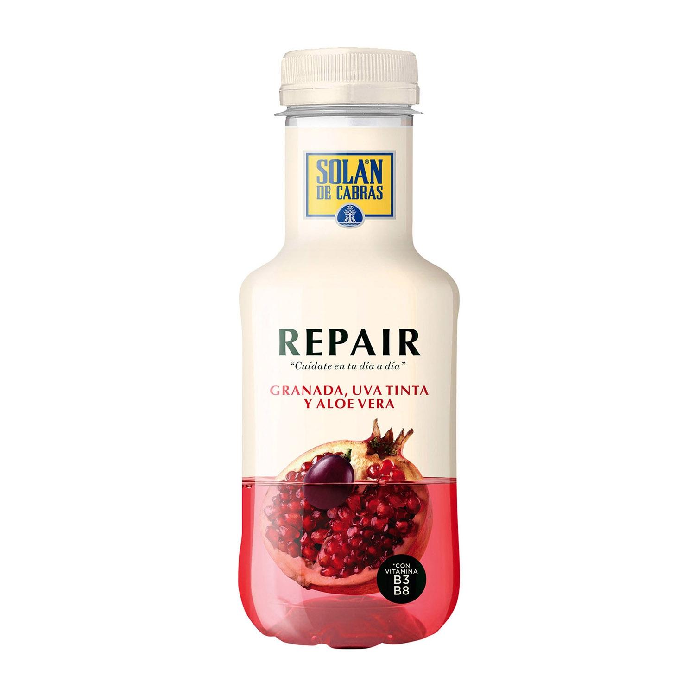 Agua Solán de Cabras Repair con zumo de granada, uva y aloe vera 33 cl.