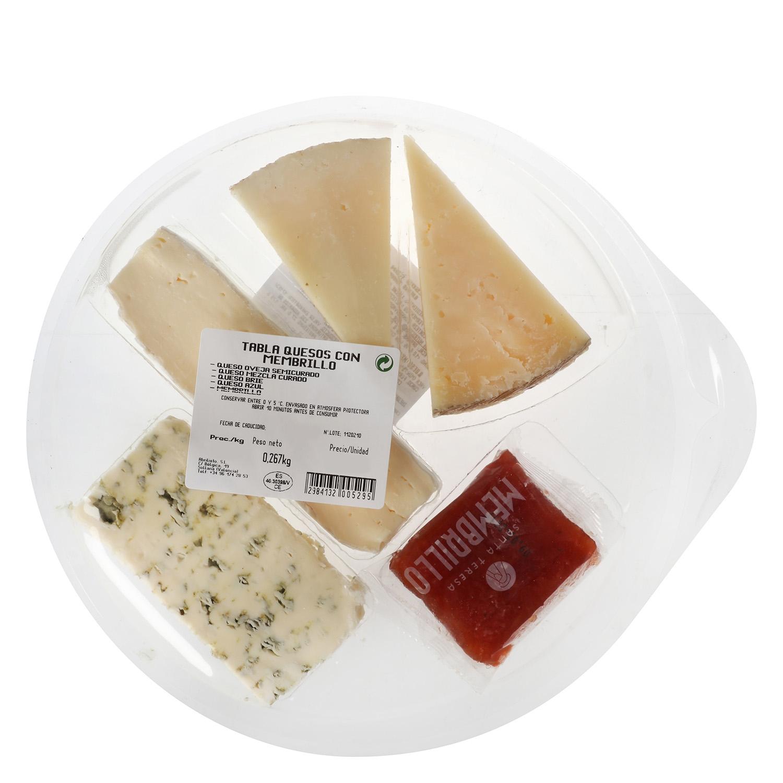 Tabla quesos con membrillo