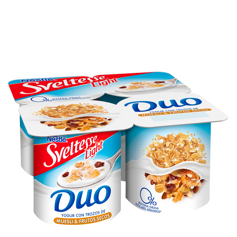 Yogur desnatado con trozos de muesli y frutos secos Nestlé - Sveltesse pack de 4 unidades de 125 g.
