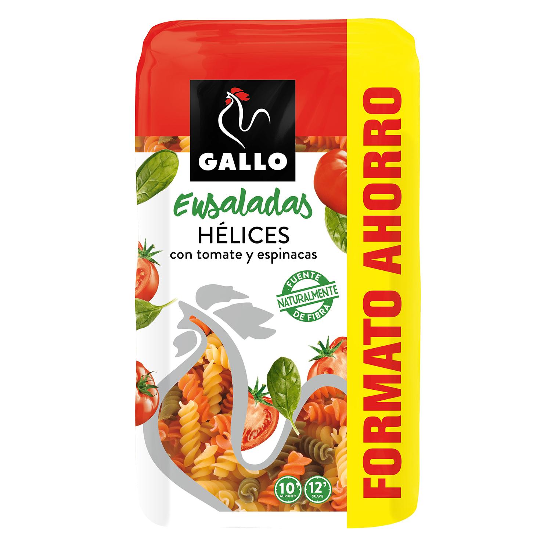 Hélices con tomate y espinacas