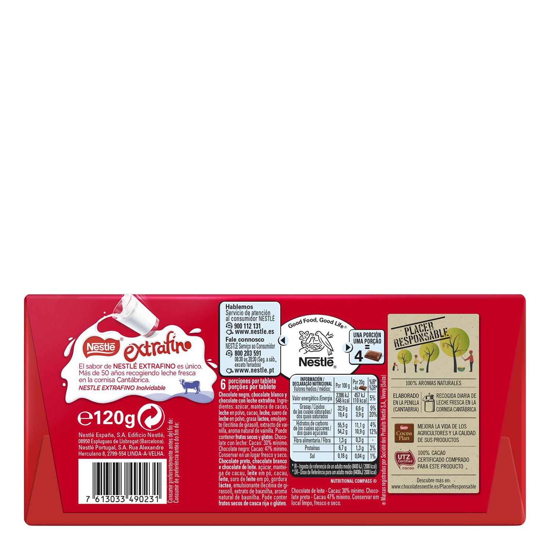 Chocolate con leche extrafino relleno de tres chocolates Nestlé 120 g. -