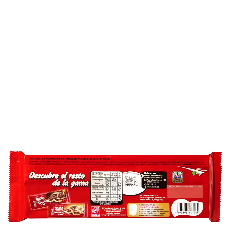 Chocolate relleno de tarta de queso y fresa Nestlé 240 g. -