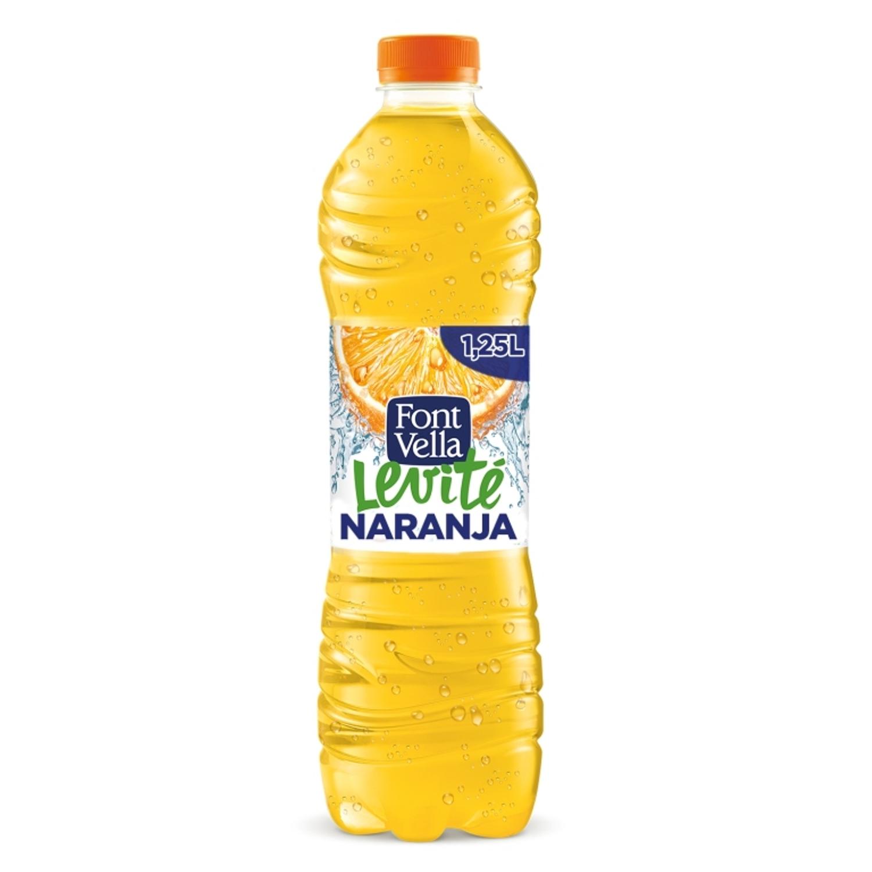 Agua mineral Font Vella Levité con zumo de naranja 1,25 l.