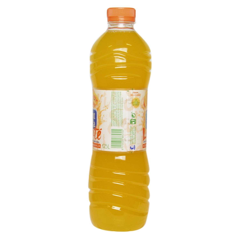 Agua mineral Font Vella Levité con zumo de naranja 1,25 l. - 2