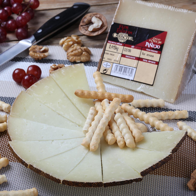 Queso puro de oveja reserva Carácter Flor de Esgueva cuña 1/8, 375 g aprox -