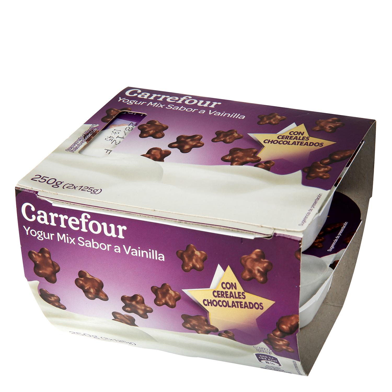 Yogur de vainilla con cereales cubierto de chocolate Carrefour pack 2x125 g.