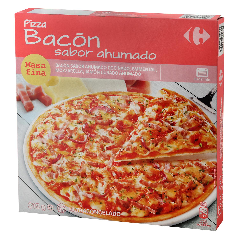 Pizza de bacón masa fina