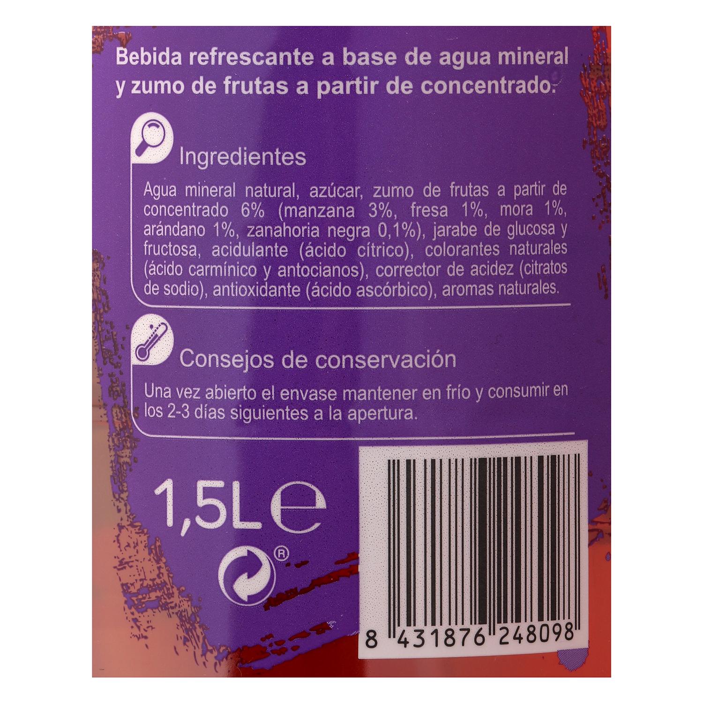 Agua mineral Carrefour con zumo de frutas del bosque 1,5 l. -