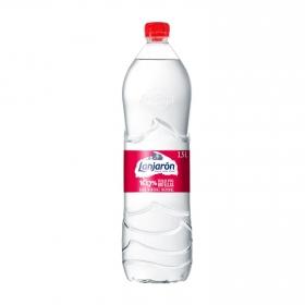 Agua mineral Lanjarón natural 1,5 l.