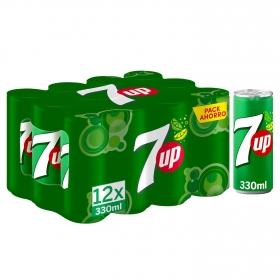Refresco de lima-limón 7UP con gas pack de 12 latas de 33 cl.