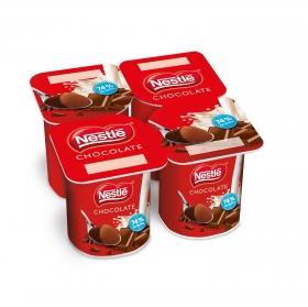 Yogur de chocolate Nestlé pack de 4 unidades de 125 g.