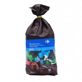 Bombones de avellana, almendra, trufa y chocolate negro Carrefour 850 g.