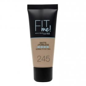 Base de maquillaje nº 245 Fit Me! Maybelline 1 ud.