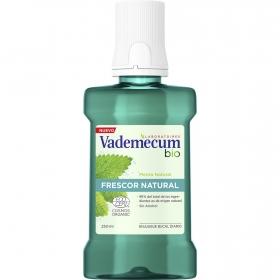 Enjuague bucal diario ecológico Vademecum 250 ml.