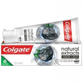Dentífrico natural extracts con carbón Colgate 75 ml.