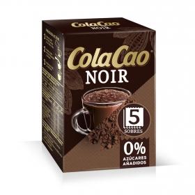 Cacao soluble en sobres Noir Cola Cao pack de 5 unidades de 75 g.