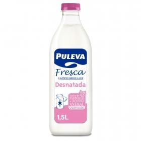 Leche desnatada fresca Puleva botella 1,5 l.