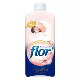 Suavizante concentrado aprendiendo a querer Flor 64 lavados.