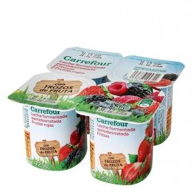 Yogur de fresas y frutas rojas Carrefour pack de 4 unidades de 125 g.