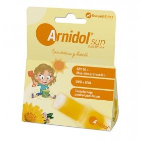 Gel stick de arnica y karité SPF 50+ con filtros minerales Arnidol Sun 15 g.