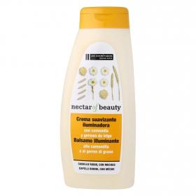Acondicionador Camomila & Trigo para cabello rubio Les Cosmétiques -Nectar of Beauty 500 ml.