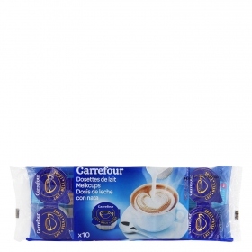 Leche monodosis Carrefour pack de 10 unidades de 10 g.