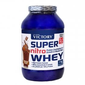 Complemento alimenticio sabor chocolate y avellana Super Nitro Whey Victory 1 kg.