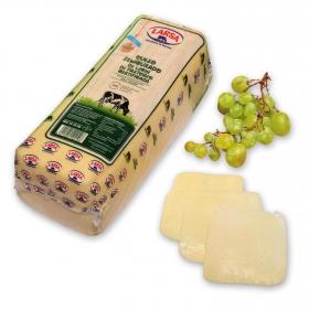 Queso trébol de vaca semicurado Larsa 250 g aprox