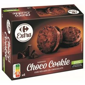 Sandwich choco cookie con helado de chocolate Carrefour Extra sin aceite de palma 4 ud,