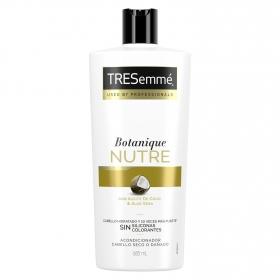Acondicionador nutre & fortalece con aceite de coco & aloe vera cabello hidratado y mas fuerte Tresemmé 685 ml