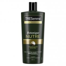 Champú nutre & fortalece con aceite de coco & aloe vera cabello hidratado y más fuerte Tresemmé 685 ml