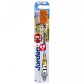 Cepillo dental de 6 a 9 años Jordan 1 ud.