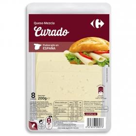 Queso en lonchas curado Carrefour 200 g.