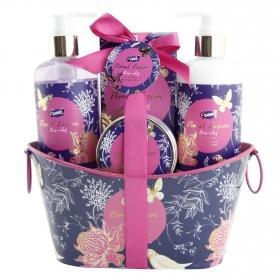 Cesta baño Fusión Floral Gloss: Gel de ducha 290 ml, Loción corporal 290 ml, Crema corporal 120 ml y Sales baño 100 g
