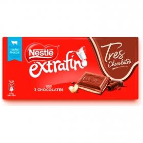 Chocolate con leche extrafino relleno de tres chocolates Nestlé 120 g.