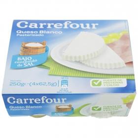 Queso blanco pasteurizado bajo contenido de sal Carrefour pack de 4 unidades de 62,5 g.