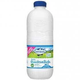 Leche semidesnatada Central Lechera Asturiana botella 2,2 l.