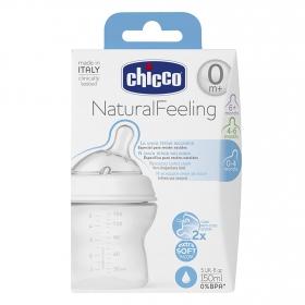 Biberón con tetina de silicona inclinada anti-cólico 0-4 meses Chicco 150 ml.