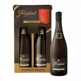 LOTE 107: 2 botellas D.O. Cava Freixenet Cordón Negro brut 75 cl. + regalo bombones Nestlé Caja Roja 70 g.
