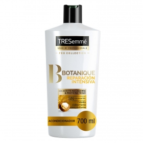 Acondicionador Botanique reparación intensiva con aceite macadamia & proteína trigo Tresemmé 700 ml.
