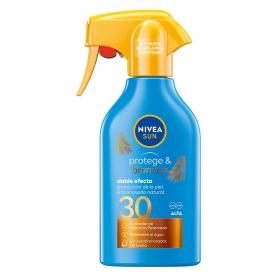 Spray solar Protege & Broncea FP 30 Nivea Sun 300 ml.