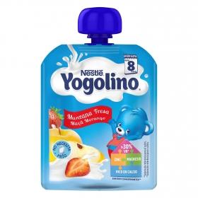 Postre lácteo con manzana y fresa desde 8 meses Nestlé Yogolino sin gluten bolsita de 90 g.
